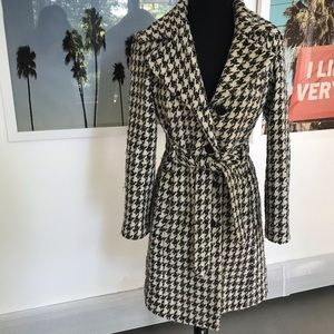 ANNE KLEIN Houndstooth Wool Belted Coat Size S/P